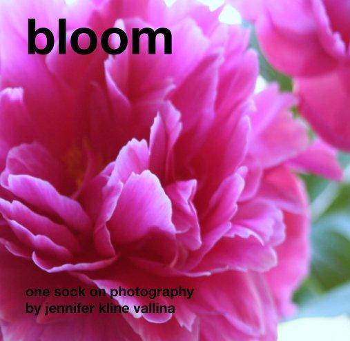Ver bloom por one sock on photography by  jennifer kline vallina