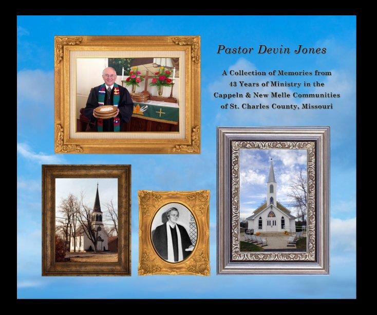 Ver Pastor Devin Jones por The PiXiLATED Company