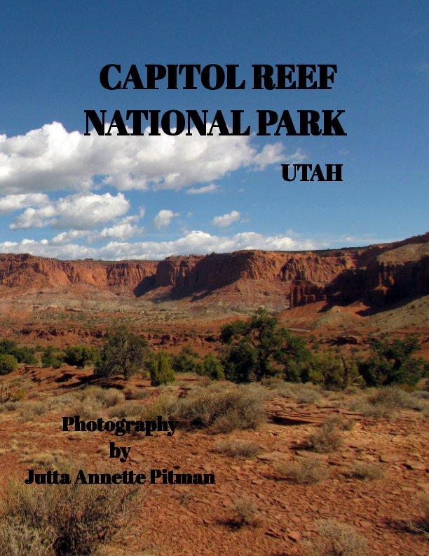 Bekijk Rock on part 5 Capitol Reef op Jutta Annette Pitman