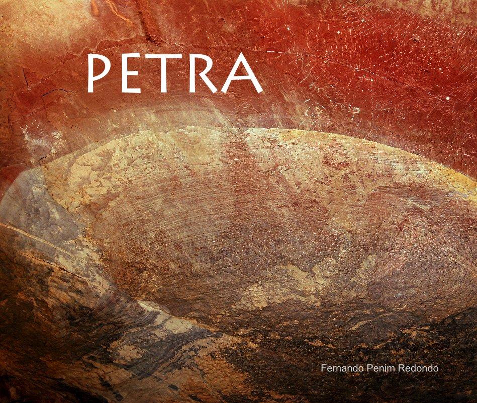 Ver PETRA por Fernando Penim Redondo