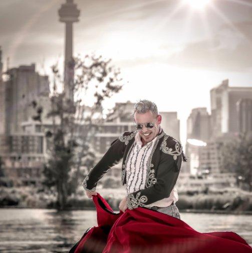 """Bekijk Urban Matador — 7"""" Sq. Silver Edition op Angel Torres, Brian R Torner"""