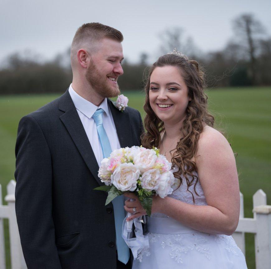 Ver Stephanie and Toby's Wedding por Stuart Craig