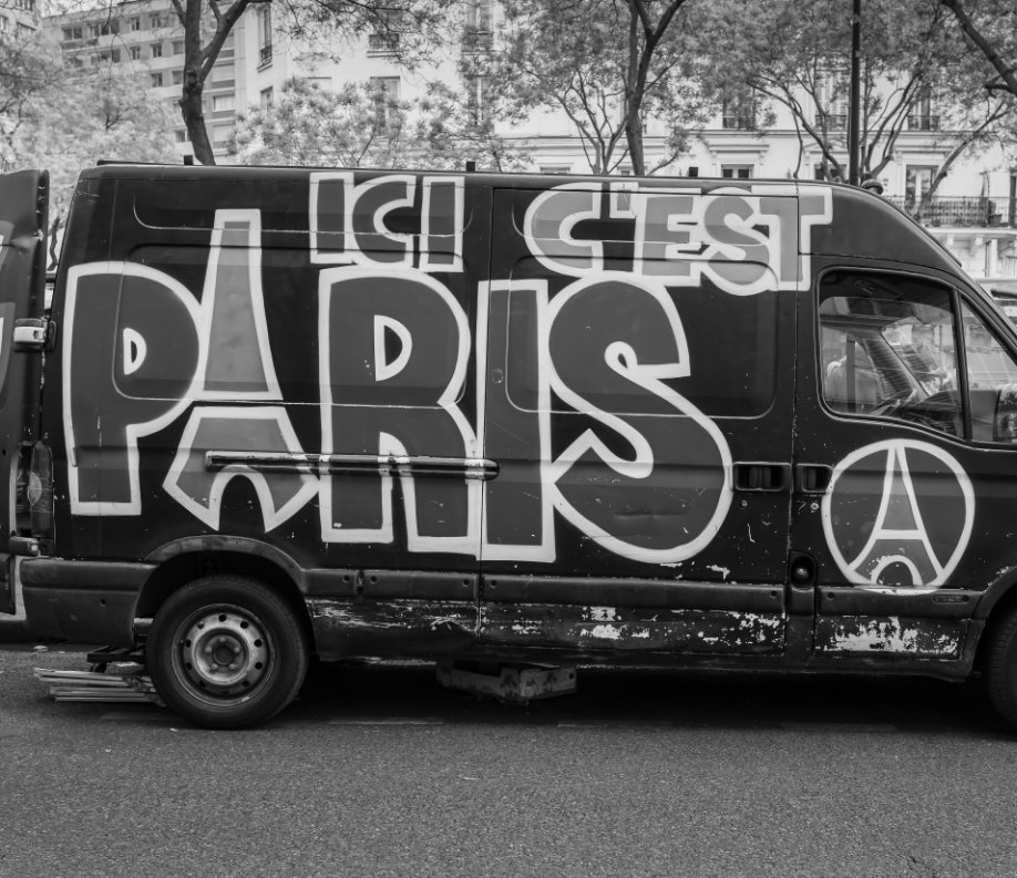 View Weitere Spaziergänge durch Paris by Urs Hintermann