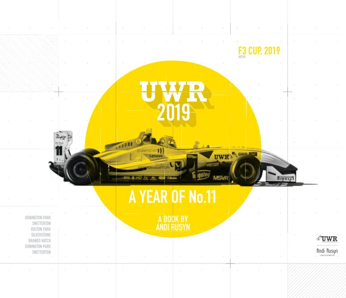 Visualizza A year of No.11 (UWR 19) di Andi Rusyn