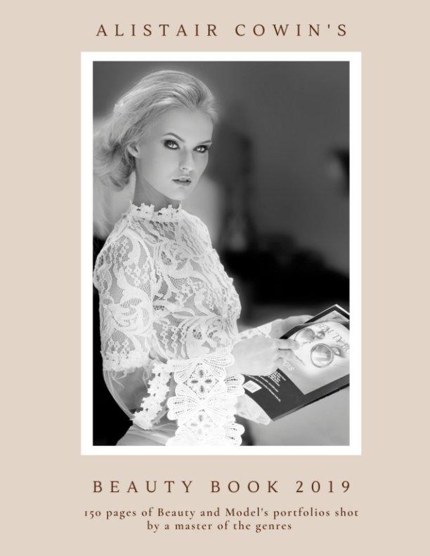 Bekijk Beauty Book 2019 op Alistair Cowin