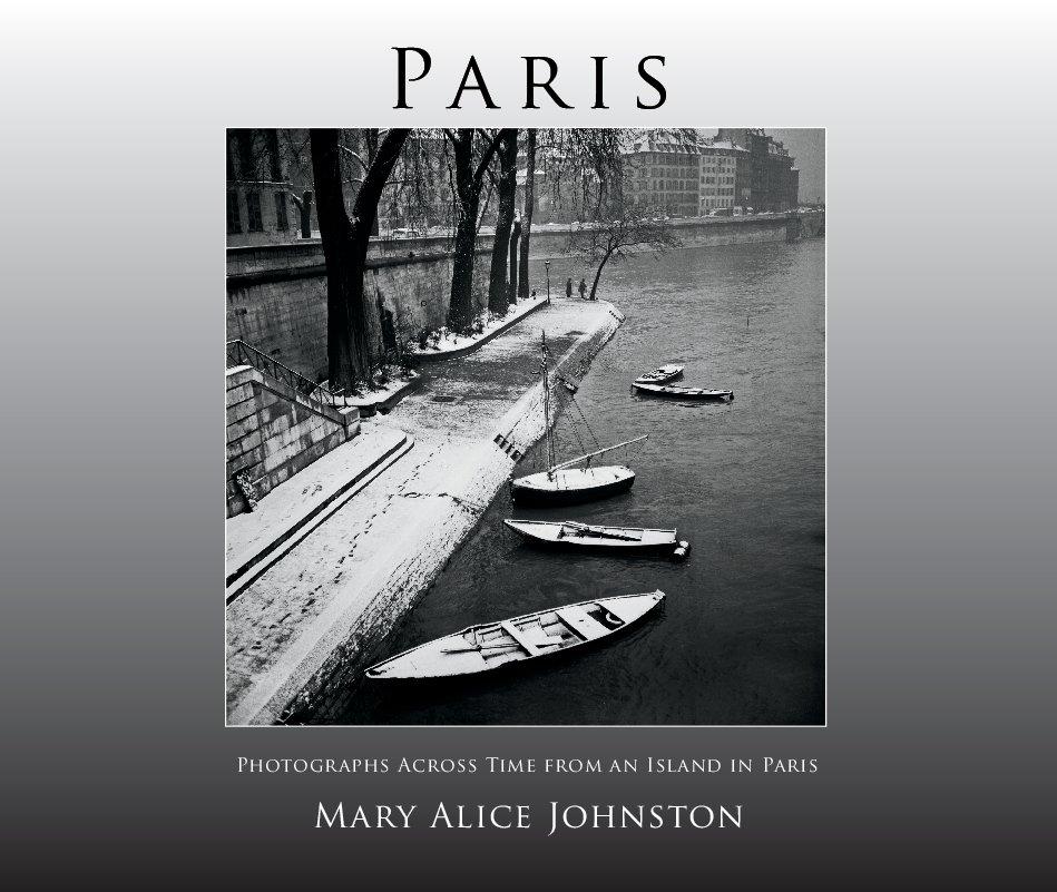 Bekijk PARIS (deluxe edition) op Mary Alice Johnston