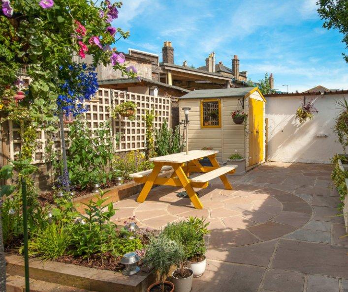 View My Garden Book by John Hooton